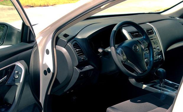 Nejlevnější povinné ručení auta a motocyklu online srovnávač
